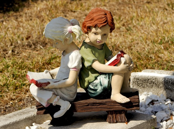 sculpture-2067216_1920