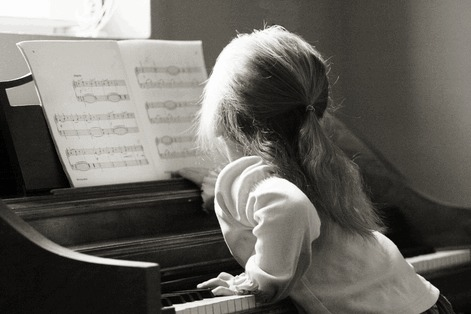 age-pour-commencer-le-piano-1